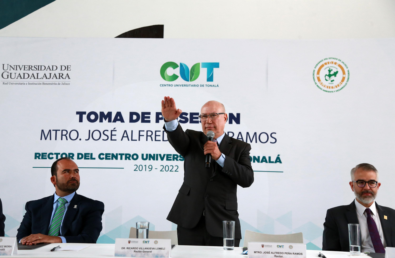 Toman protesta a nuevo Rector del CUTonalá y directores de los Hospitales Civiles de Guadalajara