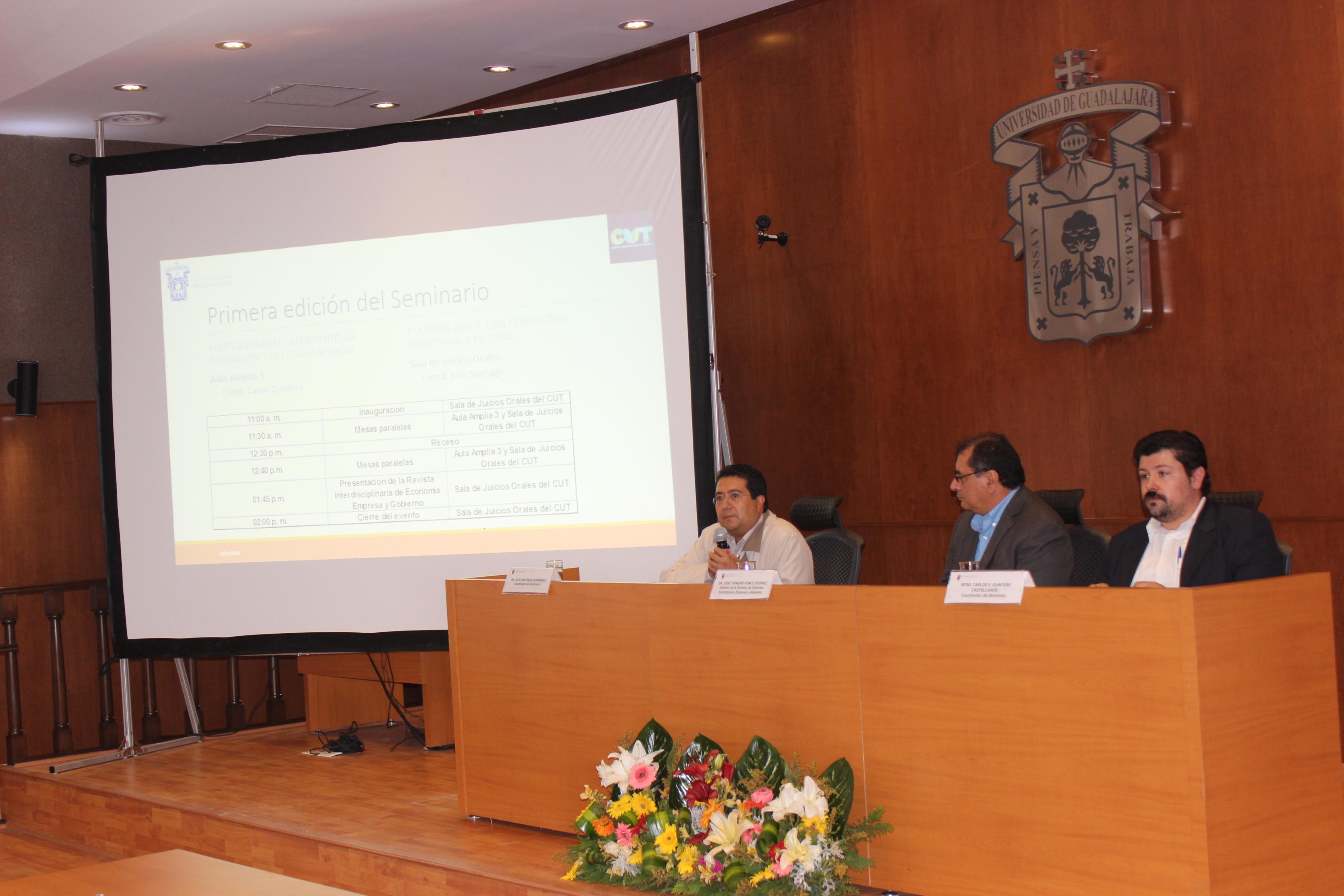En los trabajos del primer seminario de otoño de políticas públicas.