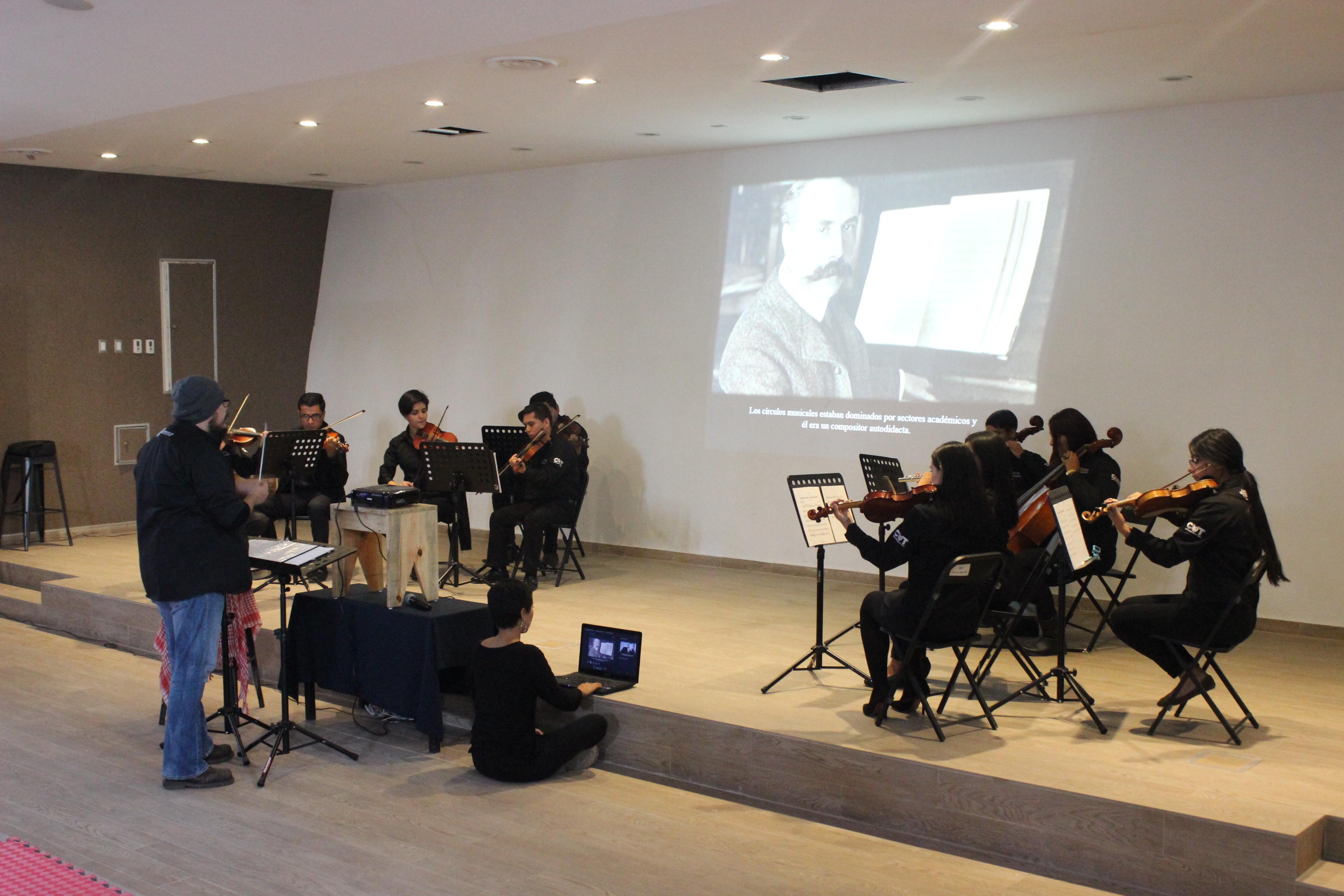 Foto de la Orquesta de CUTonalá